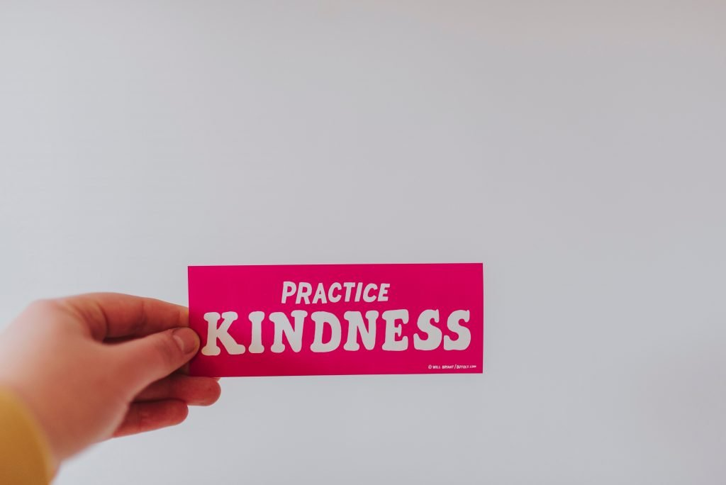 practice acts of kindness